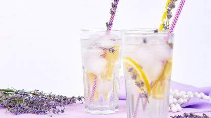 Lavendellimonade Selbstgemacht - eine frische Lavendellimonade