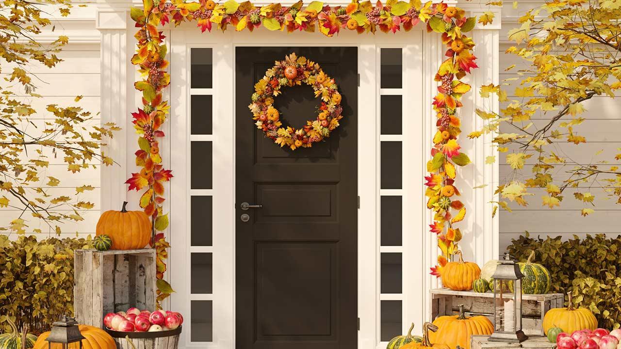 Dekotipps für die Haustüre - ein zur Jahreszeit angepasster Türkranz
