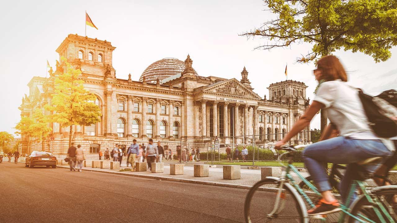 em Rad die Stadt erkunden: Berlin - Reichstag