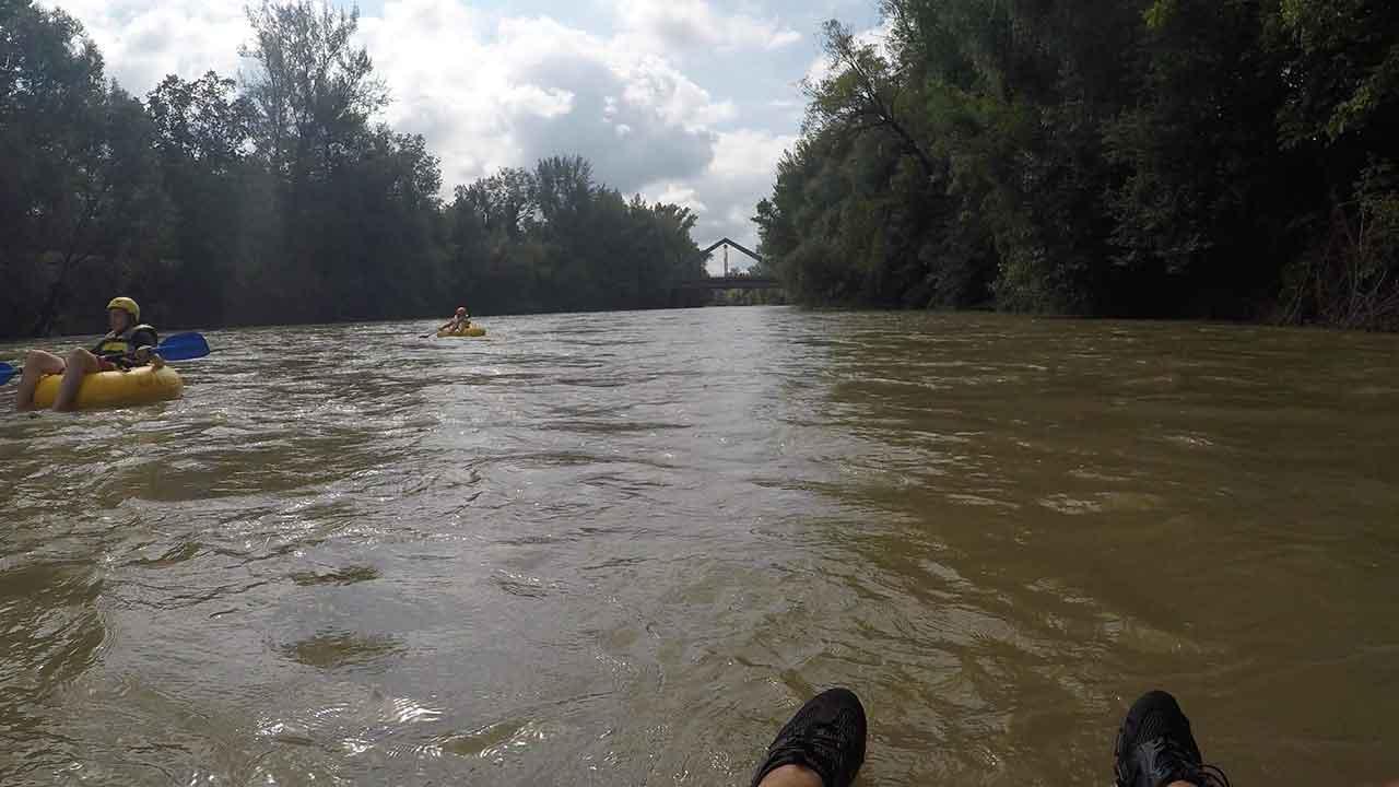Tubing - die Trendsportart am Wasser für die ganze Familie - am Fluss