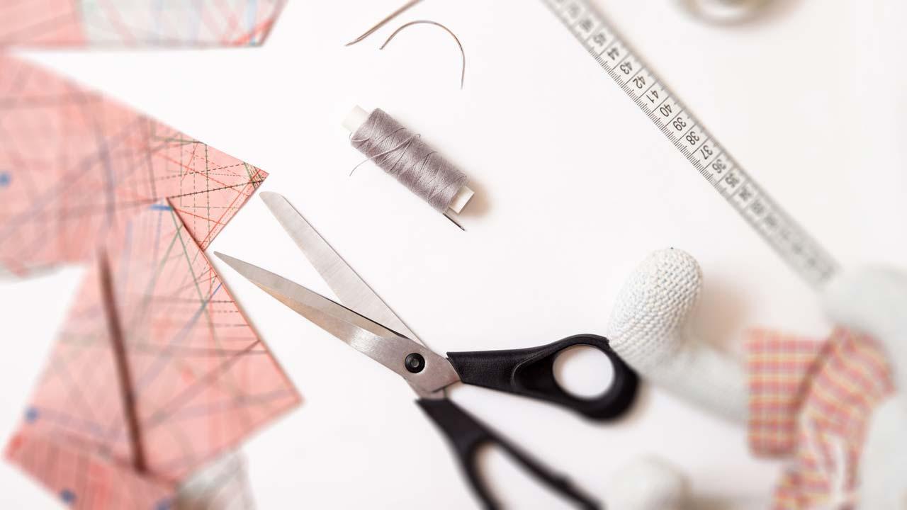 DIY Mundschutz selber nähen - Stoff zuschneiden