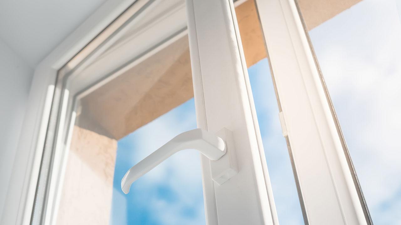 Fenster und Türen gegen Zugluft abdichten - moderne Fenster