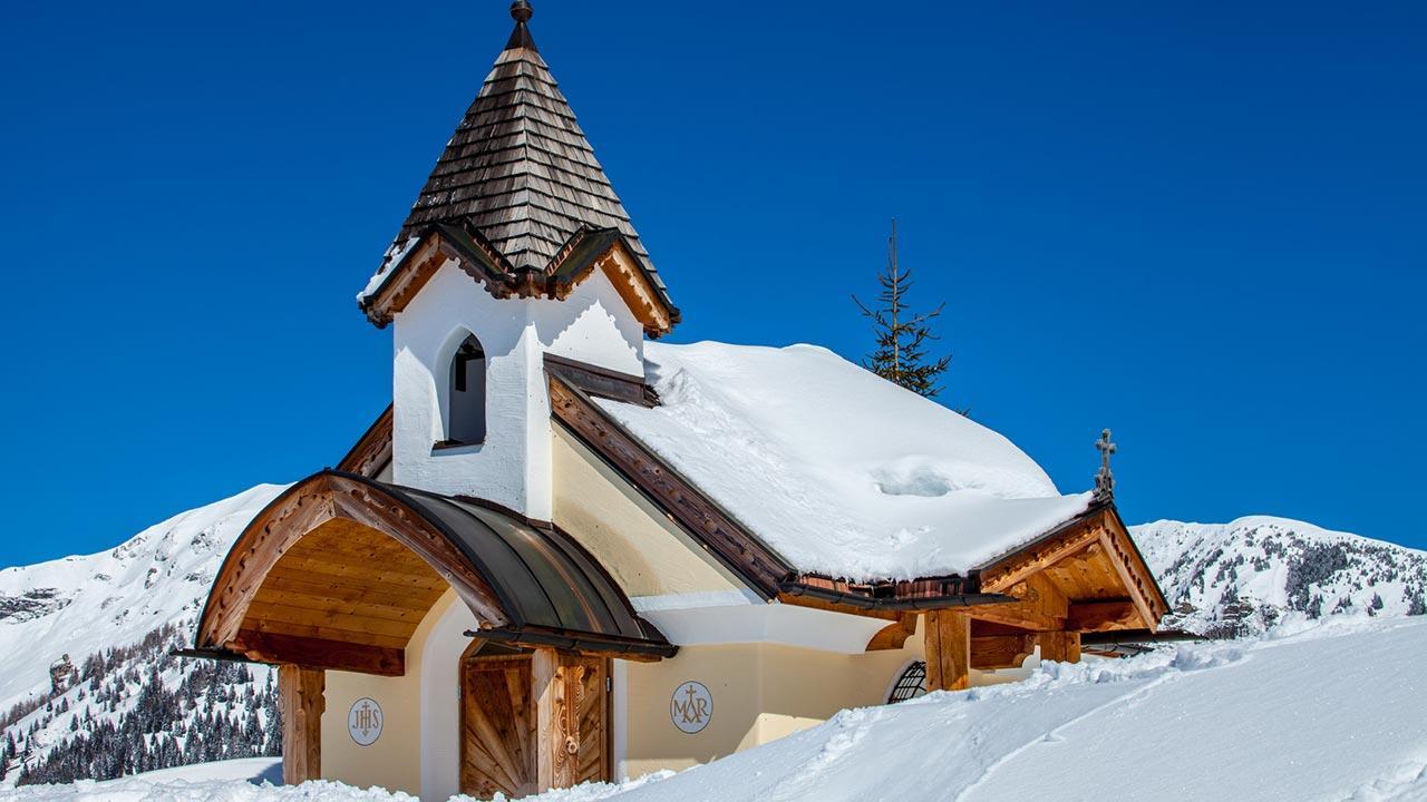 Winterwanderungen durch das Salzburger Land - Kapelle in Großarl