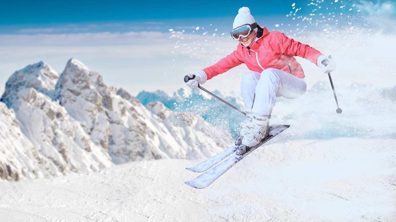 Die besten Familienskigebiete in Tirol - Tiefschnee Action