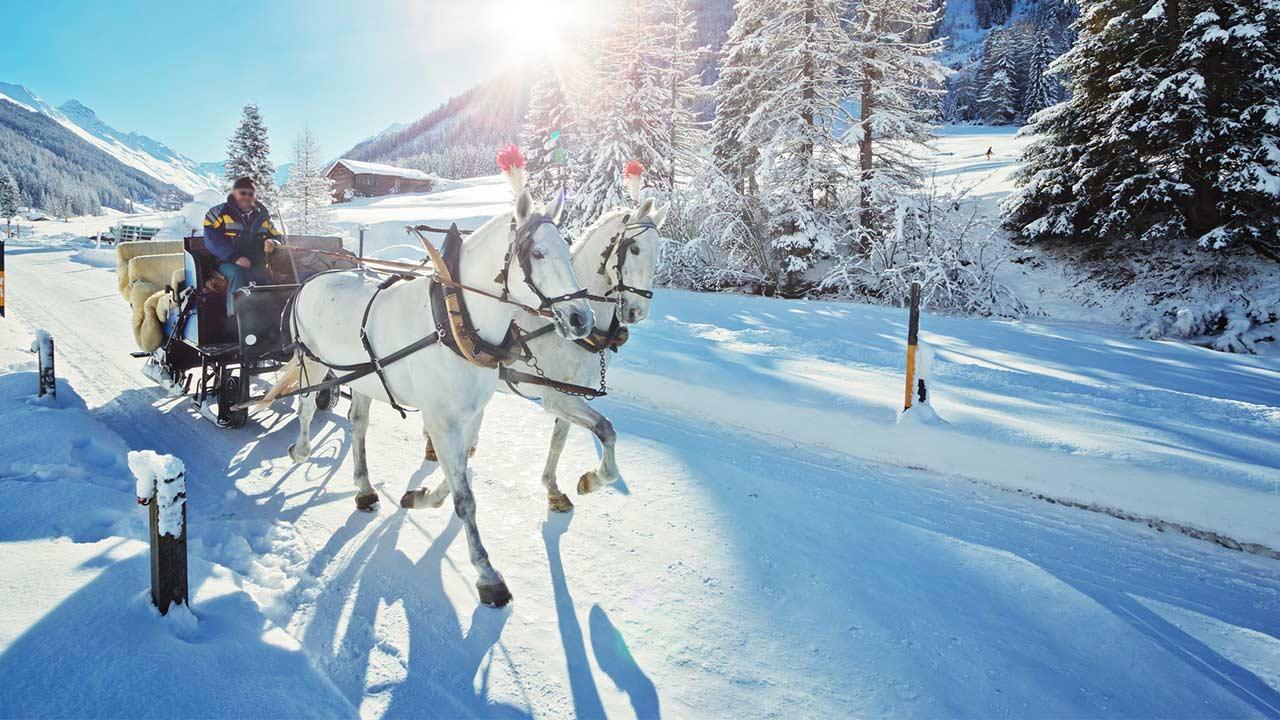 Skifahren in der Frühlingsonne - Kutschenfahrt