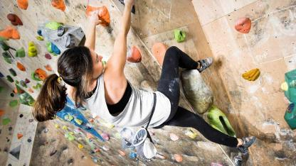 Bouldern - Klettern in der Halle - extrem klettern