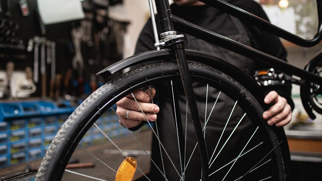 Fahrrad fit machen - Reifen Check