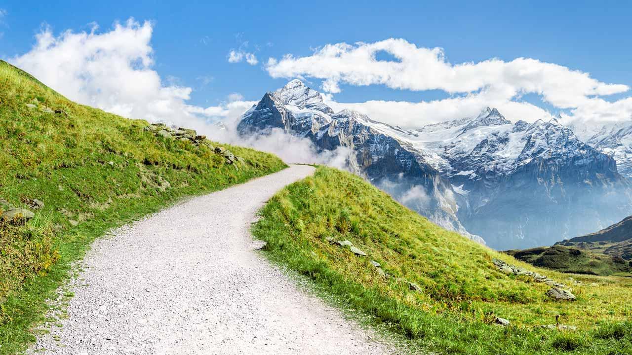 Frühlingswandern im Berner Oberland - Jungfrau Region