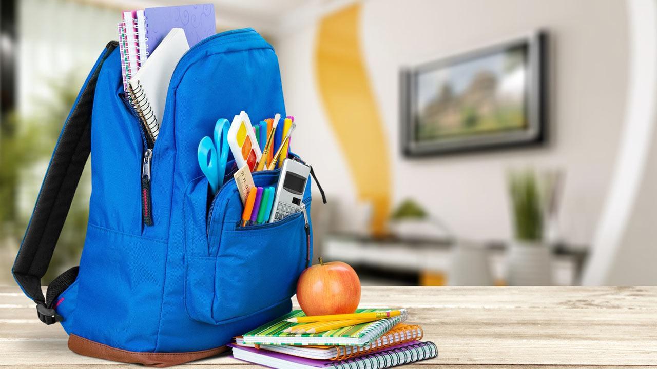 Der erste Schulranzen - worauf muss ich achten ? - blauer Rucksack