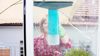Fenster einfacher putzen mit Fenstersauger