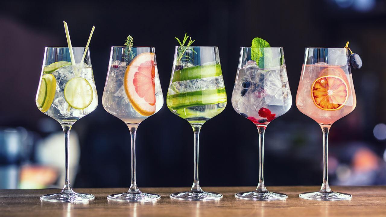 Getränke - Tipps für Ihre Gartenparty / verschiedene Cocktails