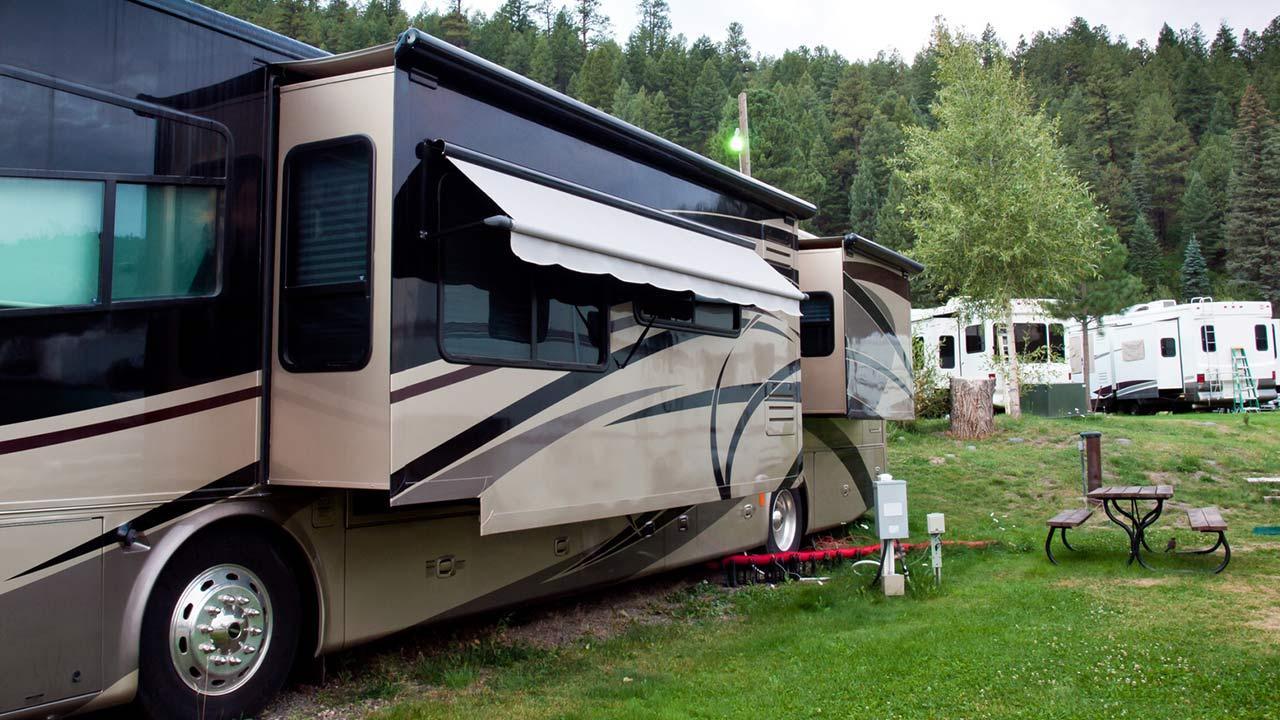 Glamping - Camping mit Komfort / hochwertiges Wohnmobile