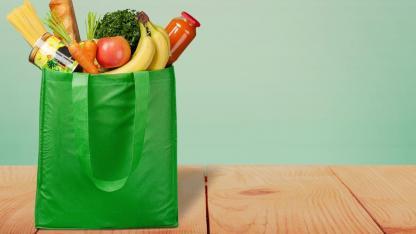 Beim einkaufen Verpackung vermeiden - eigene Behälter nutzen