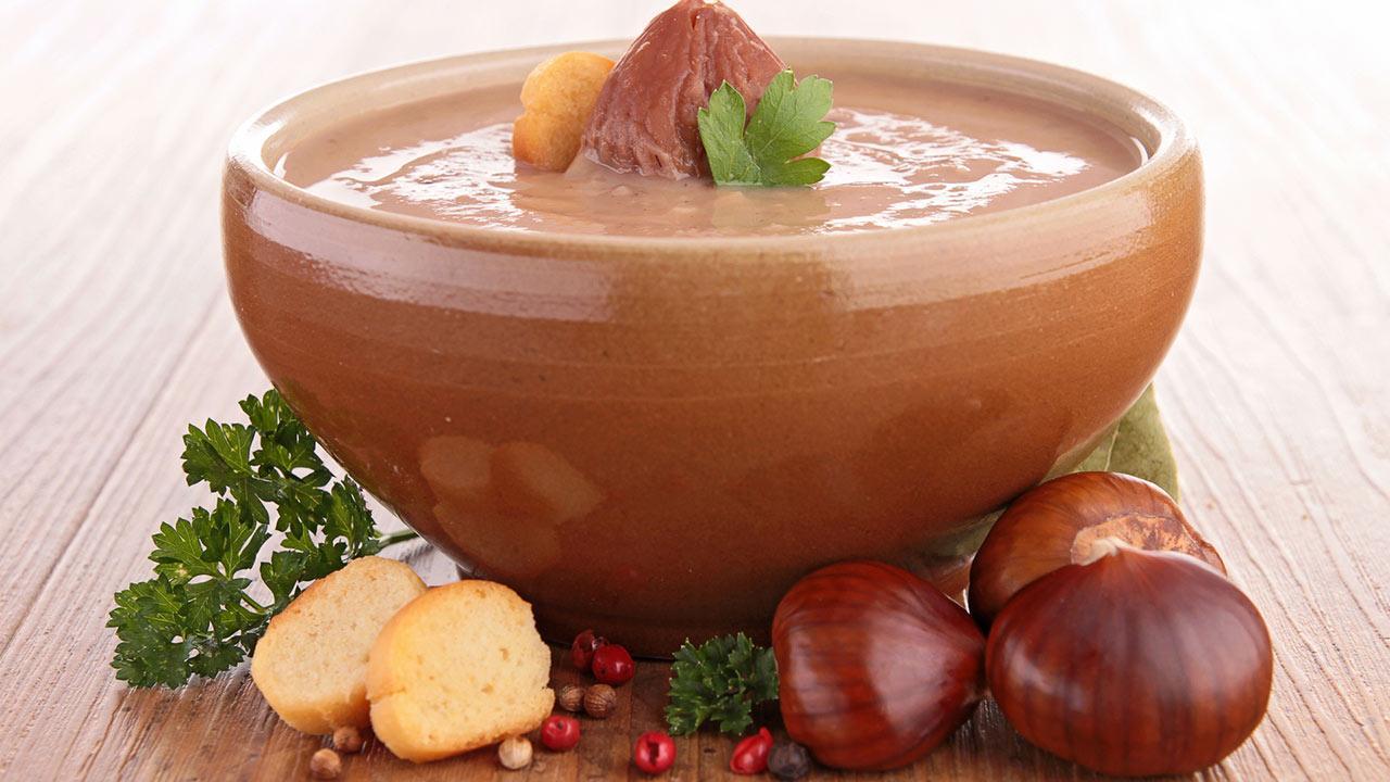 Winterliche Maronensuppe / eine winterliche Maronensuppe