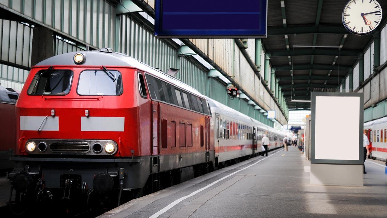 Wochenendausflug - Auto oder Bahn / ein Zug