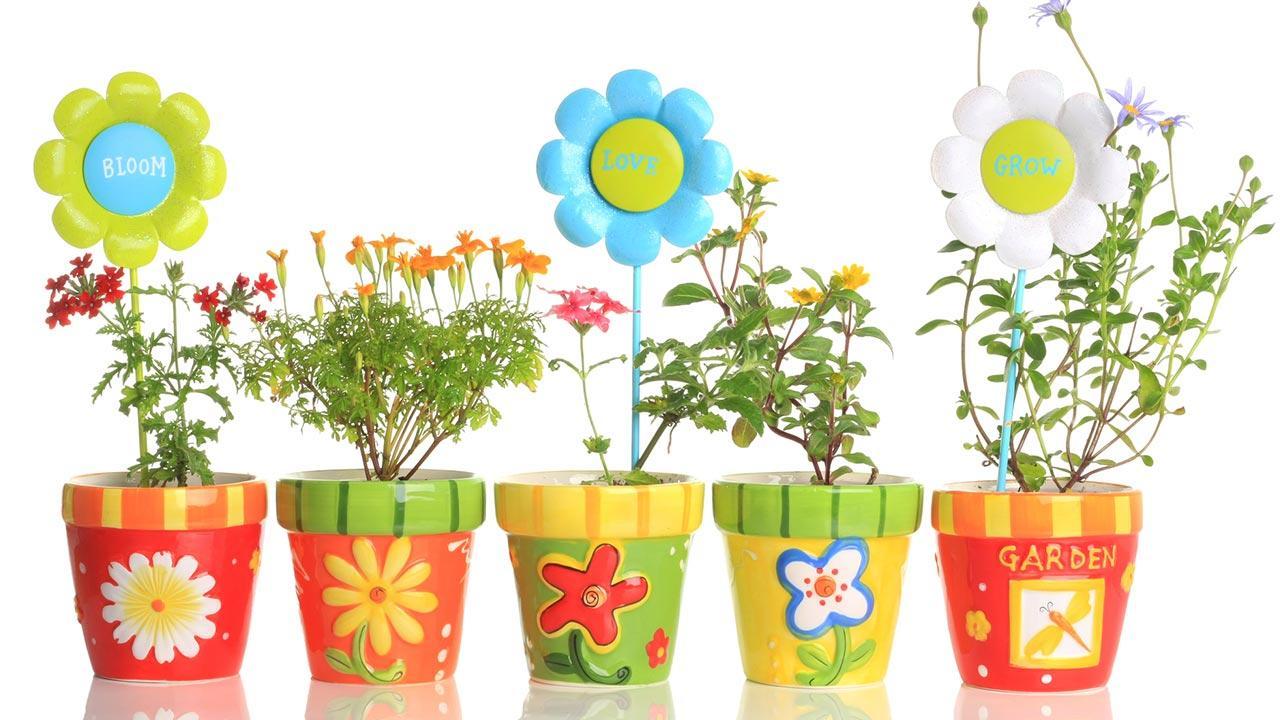Blumentopf Basteln mit Kindern - bemalte Blumentöpfe